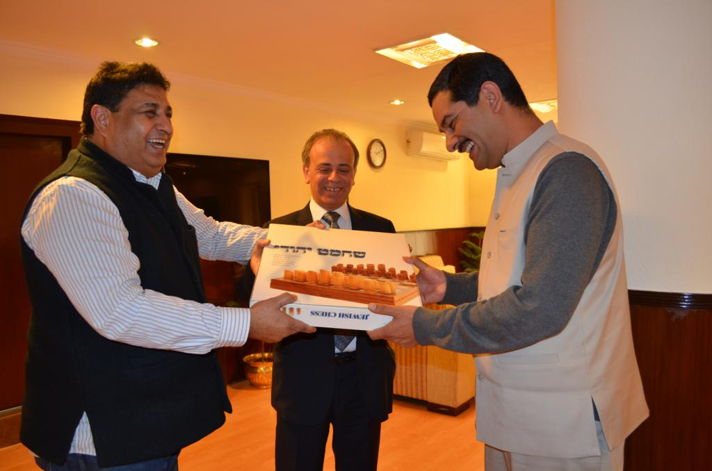 Presentation of Momento to Mr. Jitendra Singh, Sports Minister Government of India