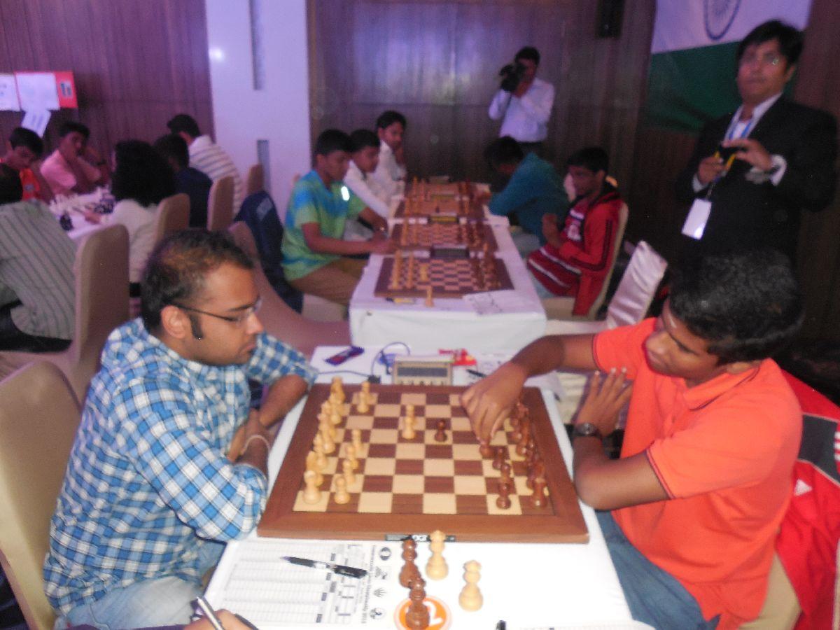 Abhijeet Gupta surges ahead