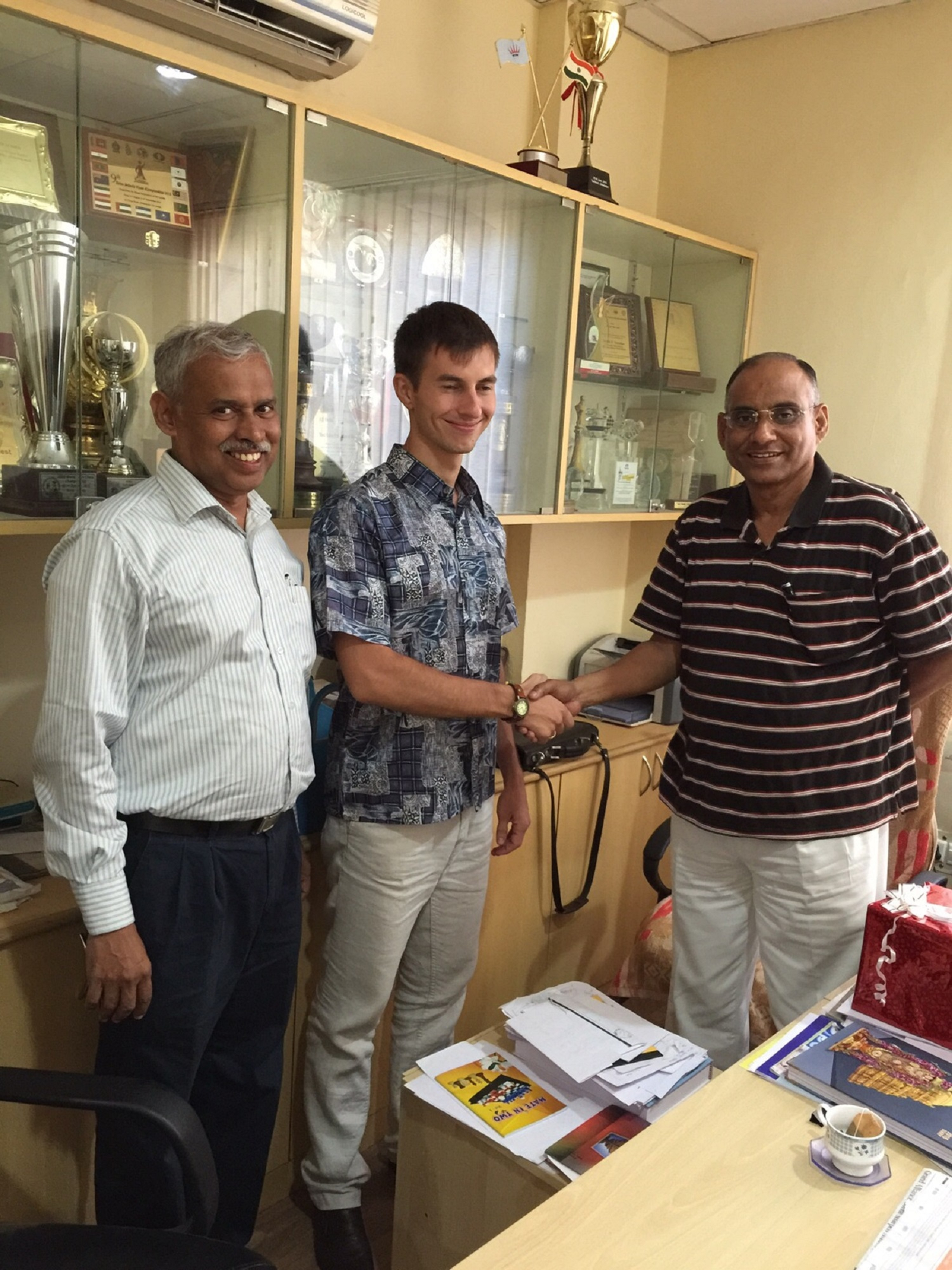 Igor Smirnov Teaches Chess In Tamil Nadu