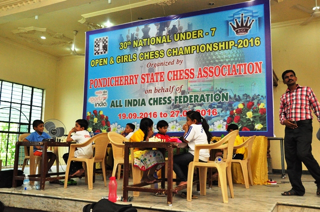 Priansh, Shefali Win Under-7 Titles