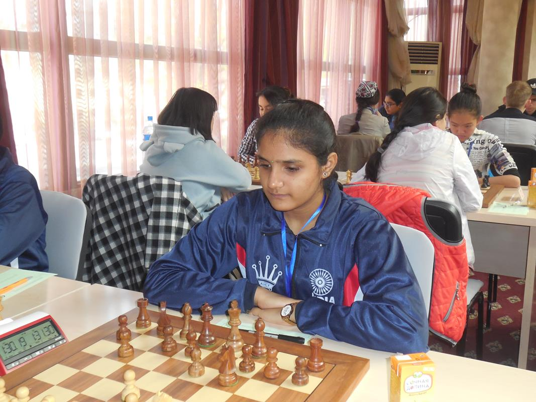Asian Youth Chess heading for an exciting finish